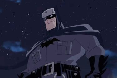 El Batman anarquista destruye un museo comunista en un video de Superman: Red Son