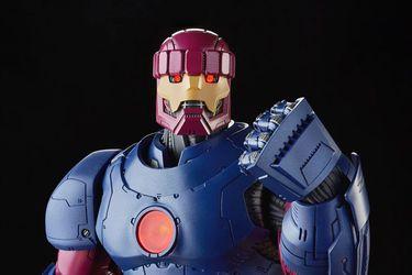 Hasbro reveló que un Centinela será su figura más grande y costosa de Marvel Legends