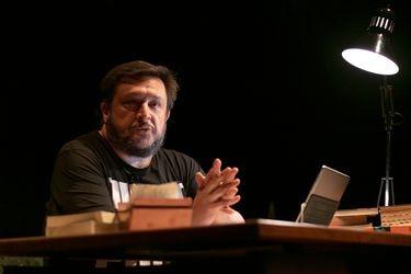 Teatro a mil TV estrena montaje basado en cuentos de Hernán Casciari
