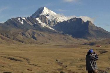 Científicos alertan inminente desaparición del glaciar Tuni en Bolivia