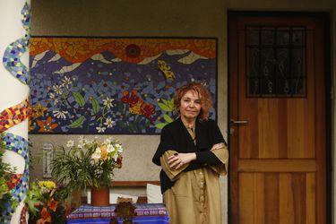 """Sonia Montecino, antropóloga: """"Sin ritos, se hace aún más difícil hablar de la muerte"""""""