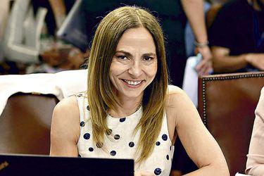 """Isabel Plá, ministra de la Mujer y Equidad de Género: """"Demandas son malestar y descontento por el rol asignado a las mujeres"""""""