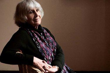 """""""Yo amo a Chile, a pesar de todo"""": Joan Turner recibe el Premio Nacional de Artes de la Representación y Audiovisuales"""