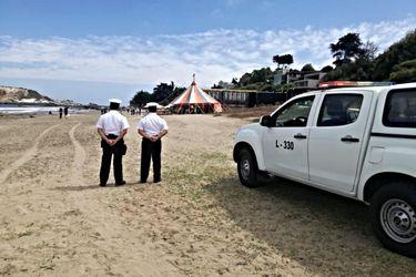 Polémica por matrimonio en playa de Cachagua: Armada cursa infracción a organizadores