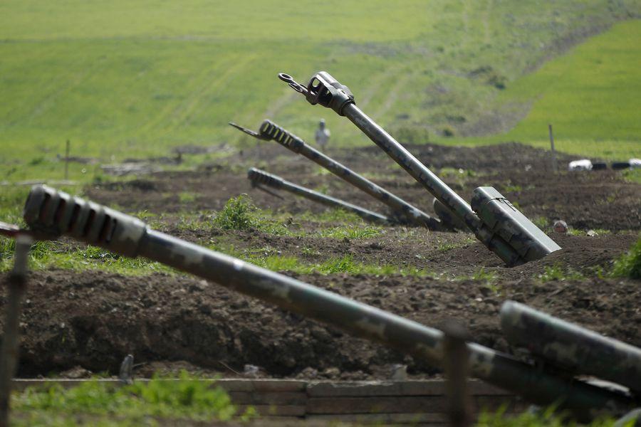 Estallan combates entre Armenia y Azerbaiyán: hay 16 muertos  - La Tercera