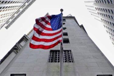 Manufactura mejora en EE.UU. pero se estanca en la zona euro