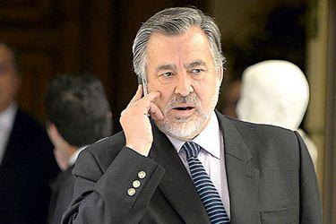 """Senador Guillier tras revelación de audios: """"Gravedad de la corrupción en el Ejército obliga a control civil sobre las FF.AA."""""""