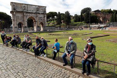 Italia aprueba nuevas restricciones para frenar la pandemia