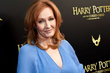 J.K. Rowling contó que tuvo síntomas de COVID-19