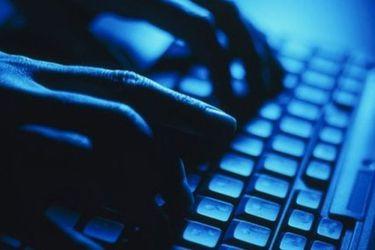 Ejército inicia peritaje informático tras hackeo a sus correos electrónicos