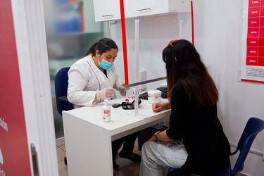Afiliados a FONASA acceden a medicamentos más baratos