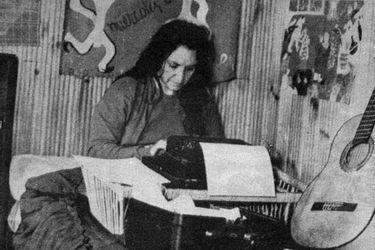 Con cartas de Violeta Parra: se inaugura muestra virtual de misivas históricas de mujeres chilenas