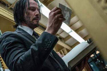 Keanu Reeves regresa como el famoso asesino en las nuevas fotos del rodaje de John Wick 4
