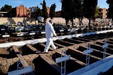 Junio fue el mes con mayor tasa de mortalidad en Chile en 44 años: 15.924 decesos