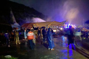 Avión se estrella en aeropuerto al sur de India: se reportan al menos tres fallecidos