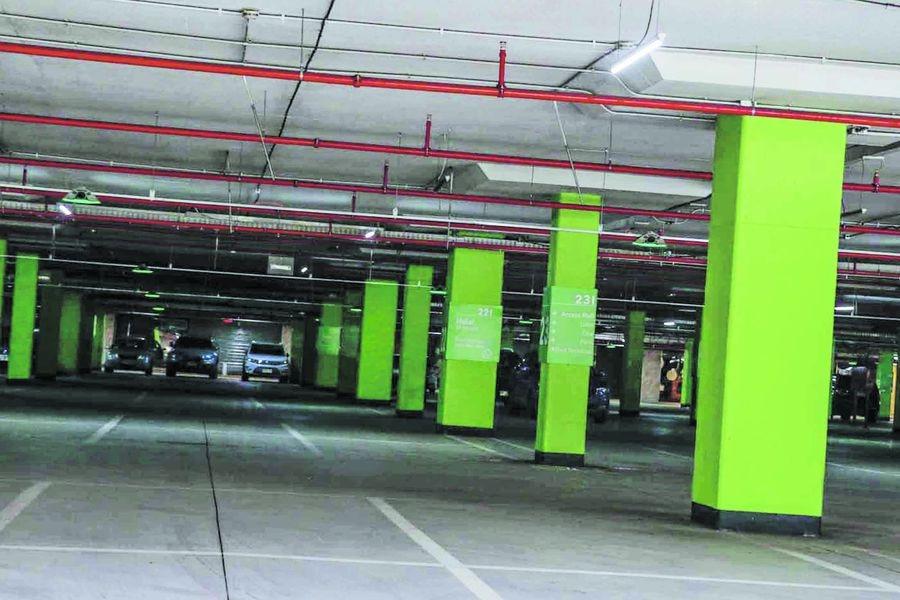 Estacionamientos vacíos: viviendo sin autos
