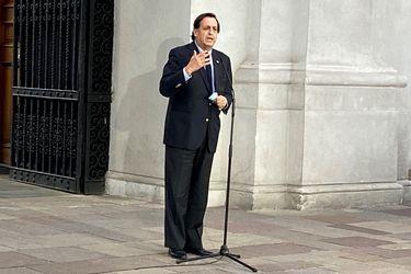 """Ministro de Interior y los """"10 puntos esenciales"""" de Sebastián Piñera para la nueva Constitución: """"Un salto al vacío sería sin dudas un gran problema para Chile"""""""
