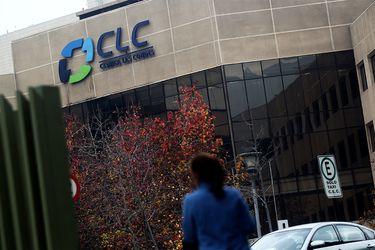 Pandemia le sigue pasando la cuenta a Clínica Las Condes y reduce su dotación en 11%