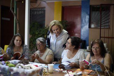 """Cecilia Morel se queda con """"Compromiso País"""" y sale a hacer terreno en La Legua"""