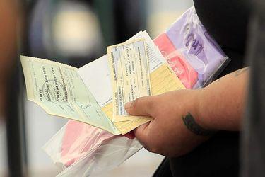Congreso despacha veto que elimina el pago de intereses en prórroga del permiso de circulación