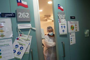 Minsal informa la cifra más alta de fallecimientos por Covid-19 desde el inicio de la pandemia y el total de decesos alcanza los 1.054