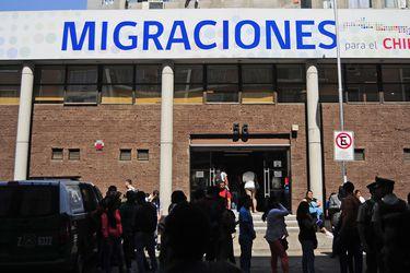 """Proyecto de ley de Migraciones: debate por ingresos irregulares y sustitución del concepto """"conviviente"""" para extranjeros marcan discusión en el Senado"""