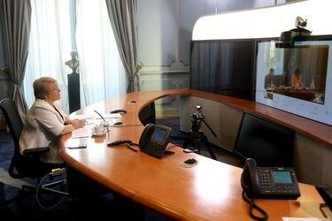"""Michelle Bachelet participa en la videoconferencia """"Desaf'os de la Salud Primaria"""""""