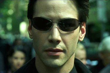 Keanu Reeves regresa como Neo en las primeras fotos del set de Matrix 4