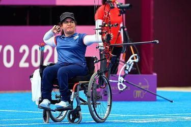 Con solo 19 años, Mariana Zúñiga ganó la medalla de plata en tiro con arco.