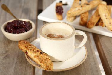 Cómo hacer biscottis con mermelada de frambuesa casera y sin azúcar