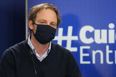 """Zúñiga señala que presupuesto de hospitales """"no será un problema"""", ya que destinaron $700 mil millones adicionales a salud que permitirá atender a toda la población """"incluso si la pandemia se alarga"""""""