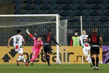 El brasileño Zé Roberto le dio el triunfo a Atlético Goianiense sobre Palestino, por la Copa Sudamericana.