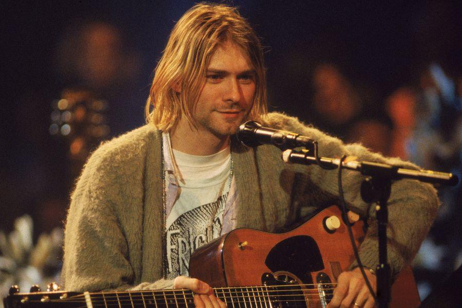 La guitarra de Kurt Cobain se convierte en la más cara de la historia - La  Tercera