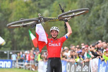 Martín Vidaurre toca el cielo en bicicleta: se quedó con el oro en el Mundial de Mountain Bike Sub 23