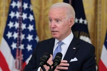 Biden se reúne con líderes disidentes cubano-estadounidenses para discutir sobre las recientes protestas
