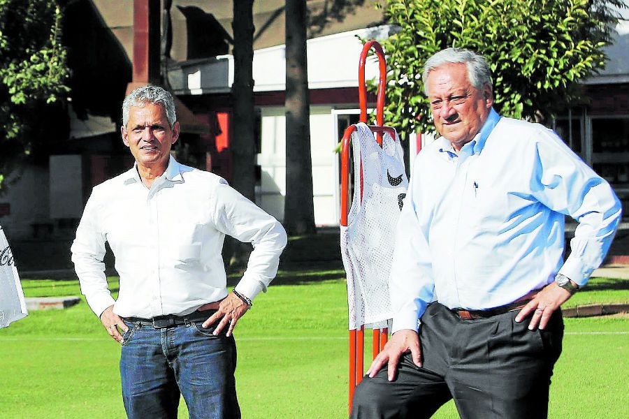 Reinaldo Rueda, Arturo Salah