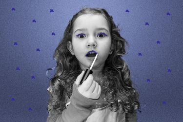 Nuestras lectoras preguntan: ¿Dejo que mi hija pequeña use maquillaje?