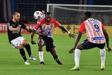 Copa Sudamericana: Marcelo Díaz debuta en la goleada de Libertad en Barranquilla