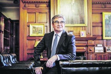 """Mario Marcel: """"La percepción de incertidumbre se mantiene particularmente alta en Chile"""""""
