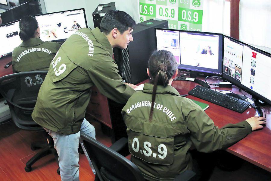 Los efectivos del OS-9 monitorean redes sociales y otros sitios en Internet.