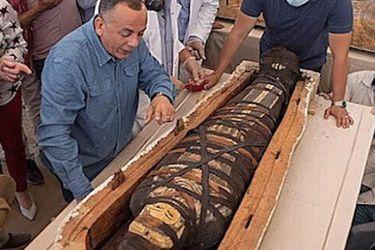 El sorprendente estado de conservación de más de 50 sarcófagos de 2.600 años de antigüedad