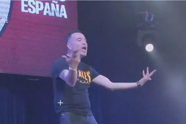 Álvaro España de los Fiskales Ad-Hok debutó en la lucha libre