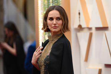 Natalie Portman respondió a las críticas por su atuendo en los Oscar