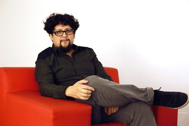 """Alejandro Fernández Almendras, cineasta: """"No pretendemos llenar las salas para que revienten de público"""""""