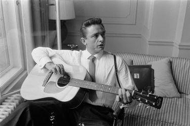 Álbum filarmónico reinventa clásicos de Johnny Cash