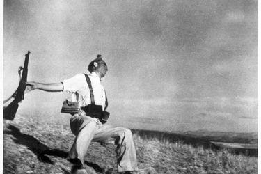 La muerte del miliciano: la trama de amor y tragedia de una foto histórica