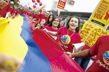 A 14 años de las tres causales: Colombia dividida ante nuevo debate por aborto