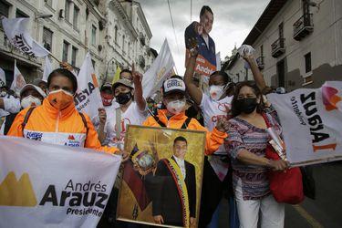 Correísmo vs. anticorreísmo: Ecuador define su futuro bajo la sombra del expresidente