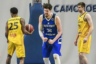 El nuevo salto de Nicolás Carvacho: deja Bulgaria para fichar en el s.Oliver Wurzburg de Alemania