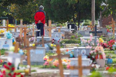 Argentina registra récord de 663 muertes diarias por Covid-19